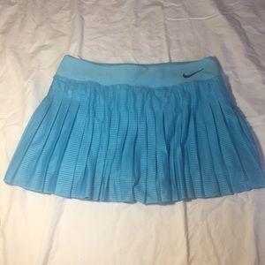 NWOT Nike aqua pleated skort skirt